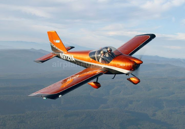 Vans RV-12 light sport aircraft