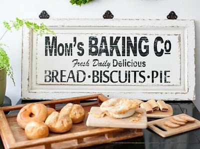 Mom's Baking Company Farmhouse Sign Request