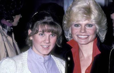 Deidra Hoffman with her mother in her teenage picture