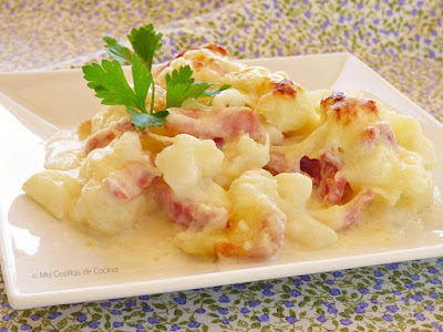 http://www.miscosillasdecocina.com/2015/11/coliflor-gratinada-con-jamon.html