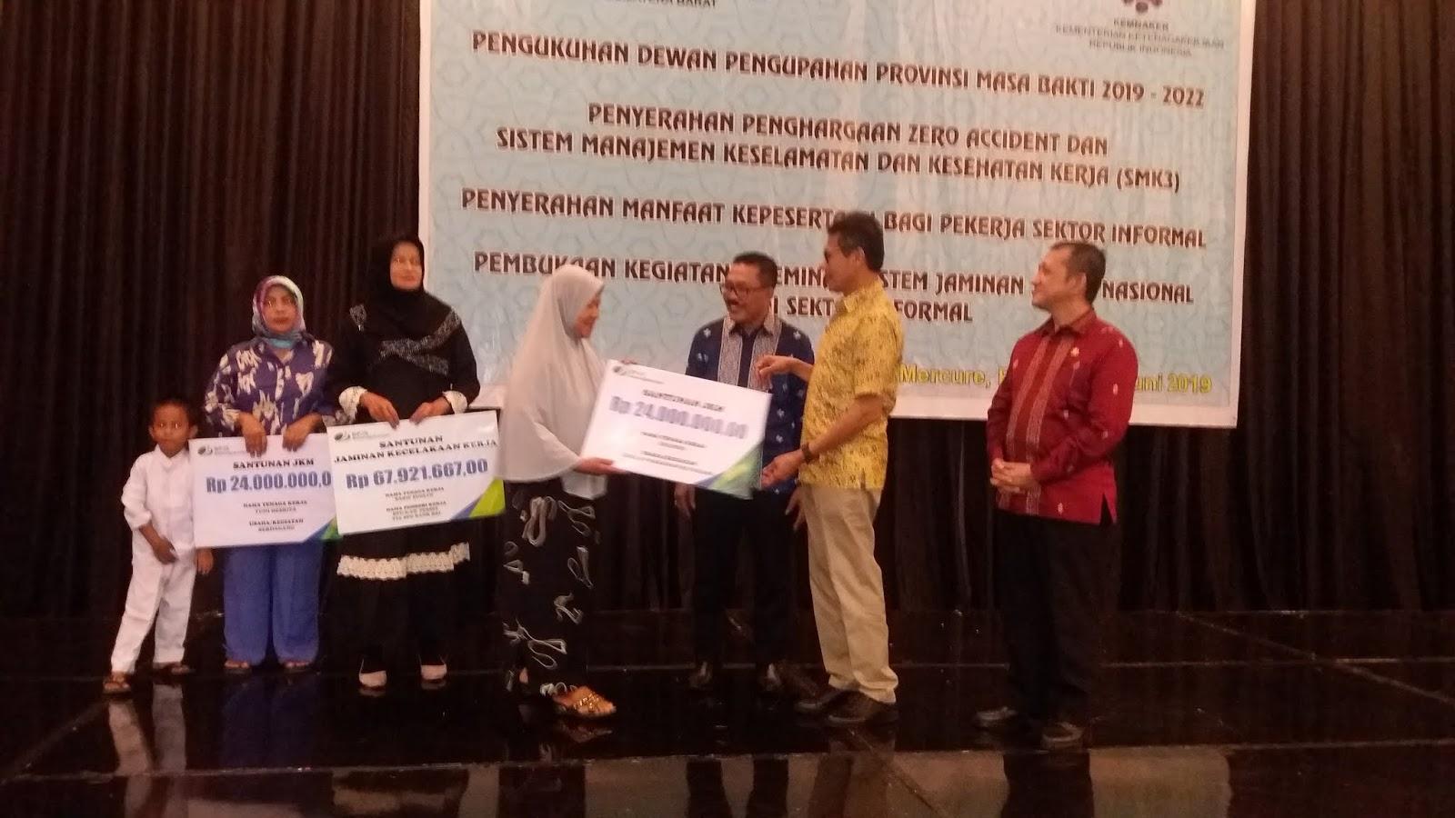 Bpjs Ketenagakerjaan Serahkan Santunan Kepada Ahli Waris Rp115 Juta Lebih