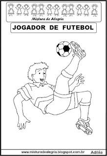 Desenho jogador futebol para colorir