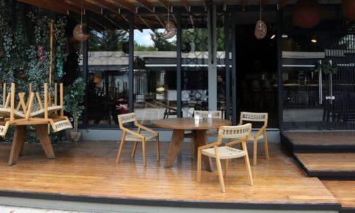 Πρόκειται για ένα κατάστημα στην Άρτα κι ένα στη Θεσπρωτία στα οποία διαπιστώθηκε ότι δεν υπήρχε αναγραφή του μέγιστου επιτρεπόμενου αριθμού πελατών στον εσωτερικό χώρο.