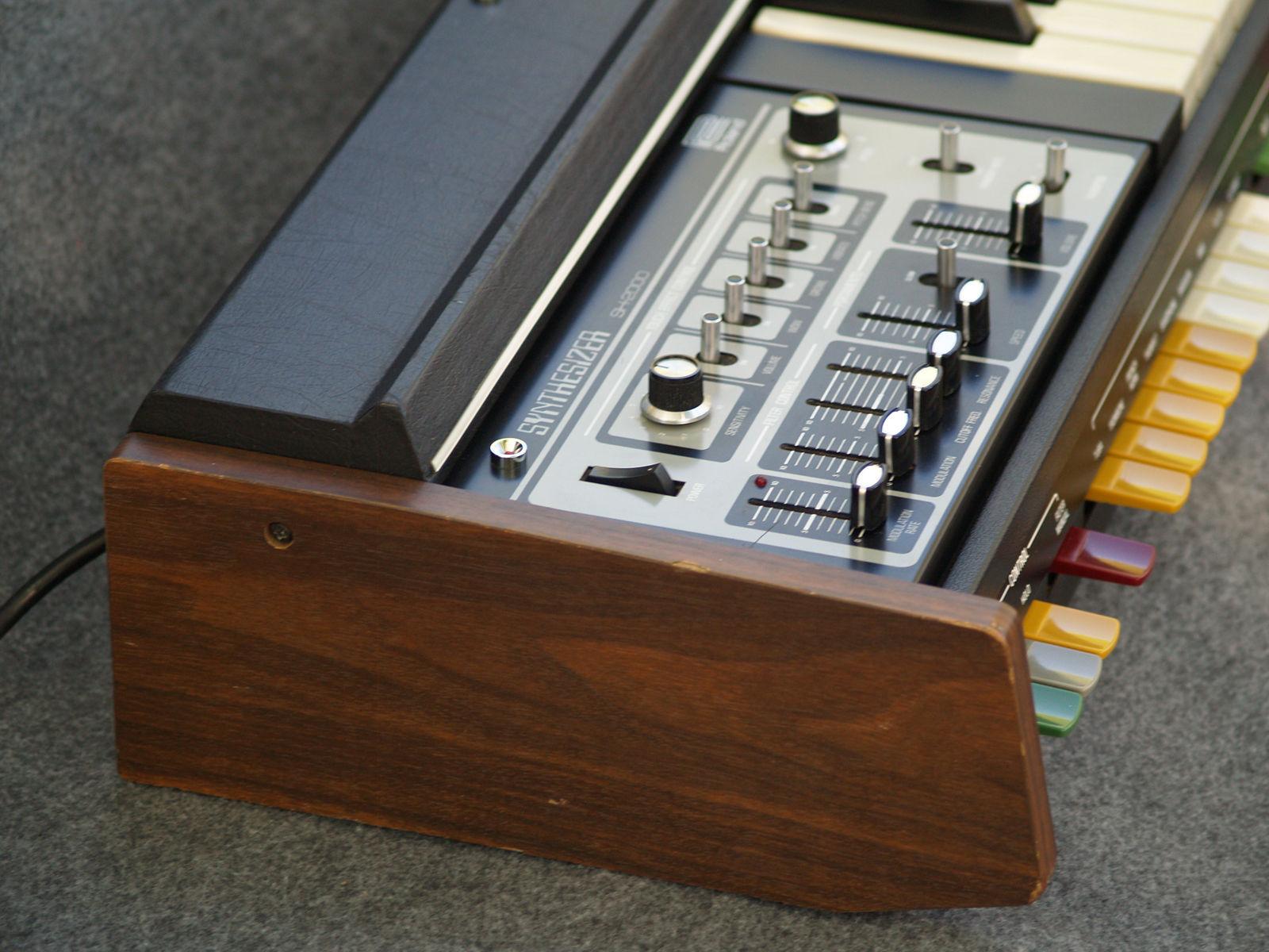 Matrixsynth Tuesday September 16 2014 Diabolical Circuit Bent Casio Sk1 Custom Modular Roland Sh2000 Vintage 70s Analog Synthesizer