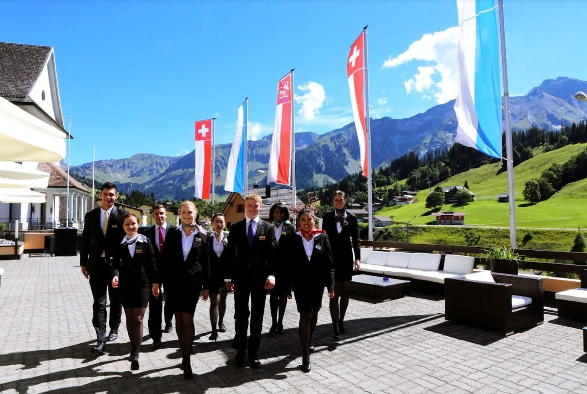 Tập đoàn Swisstouches Thuỵ Sỹ đơn vị quản lý La Luna Resort