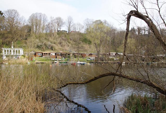 Küsten-Spaziergänge rund um Kiel, Teil 4: Entlang am Ufer der Schwentine. Der Fluss ist einer der längsten in Schleswig-Holstein.