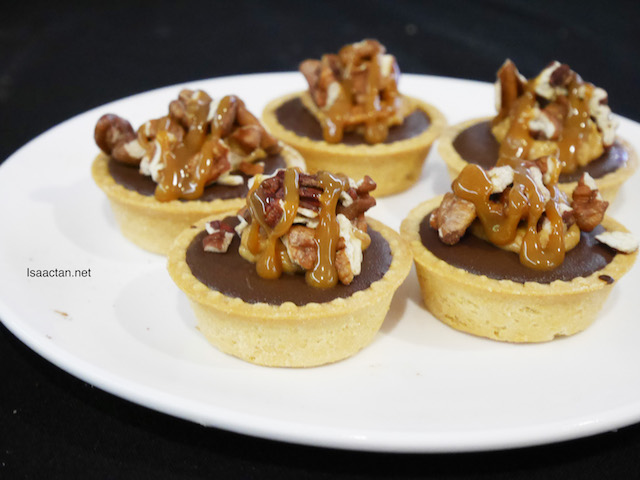 PIC's Nutty Whittakers Tart