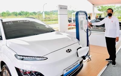 Pabrik Baterai Kendaraan Listrik Pertama di Indonesia
