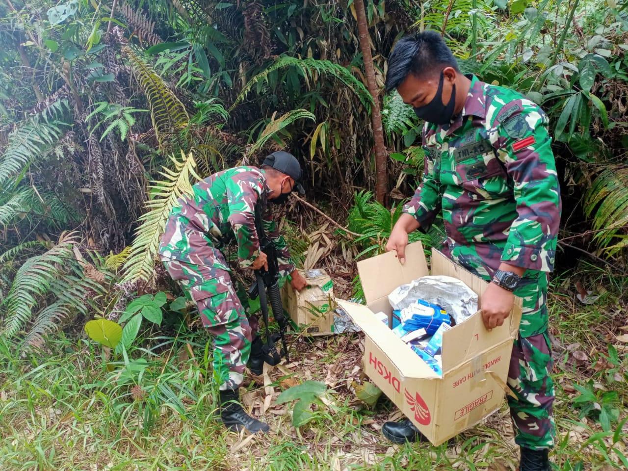 Puluhan Jenis Obat-Obatan Ilegal Diamankan Satgas Pamtas RI-Malaysia Di Jalan Tikus