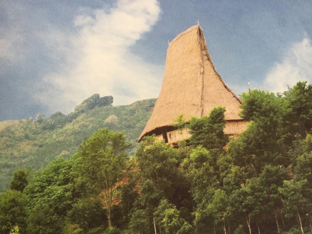 Độc đáo kiến trúc nhà rông vùng Bắc Tây Nguyên