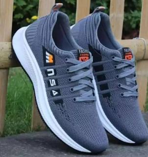 Daftar Sneakers Pria Kece Harga Miring di Flash Sale Blibli Histeria