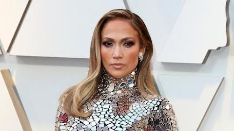 Jennifer Lopez ötven fölött is szexi