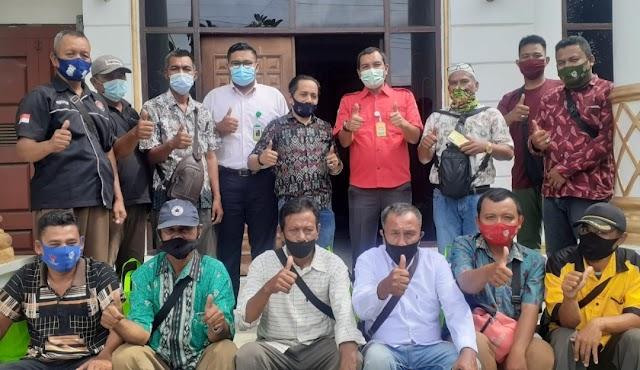 Sambut Bulan Ramadhan, dr Suratmin Berbagi Sembako ke Insan Pers