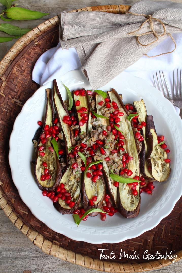 Antipasto  Auberginen mit Nüssen und Granatapfel