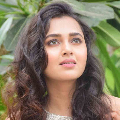 Tejasswi Prakash Wiki, Biography, Age, Boyfriend, Facts, Image and More