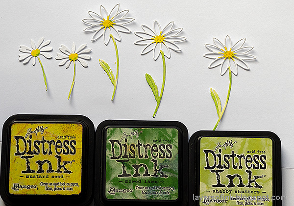 Layers of ink - Daisy Art Journal Page by Anna-Karin Evaldsson. Watercolor the daisies.