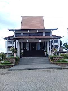 gedung perpustakaan provinsi kalimantan selatan