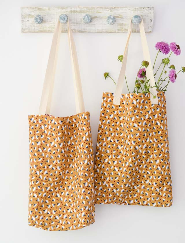Learn how to make tote bags from tea towels - two methods. Tutorial by Vicky Myers Creations