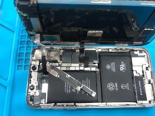 كورس ال Iphone الخاص باكاديميه ملوك تيم