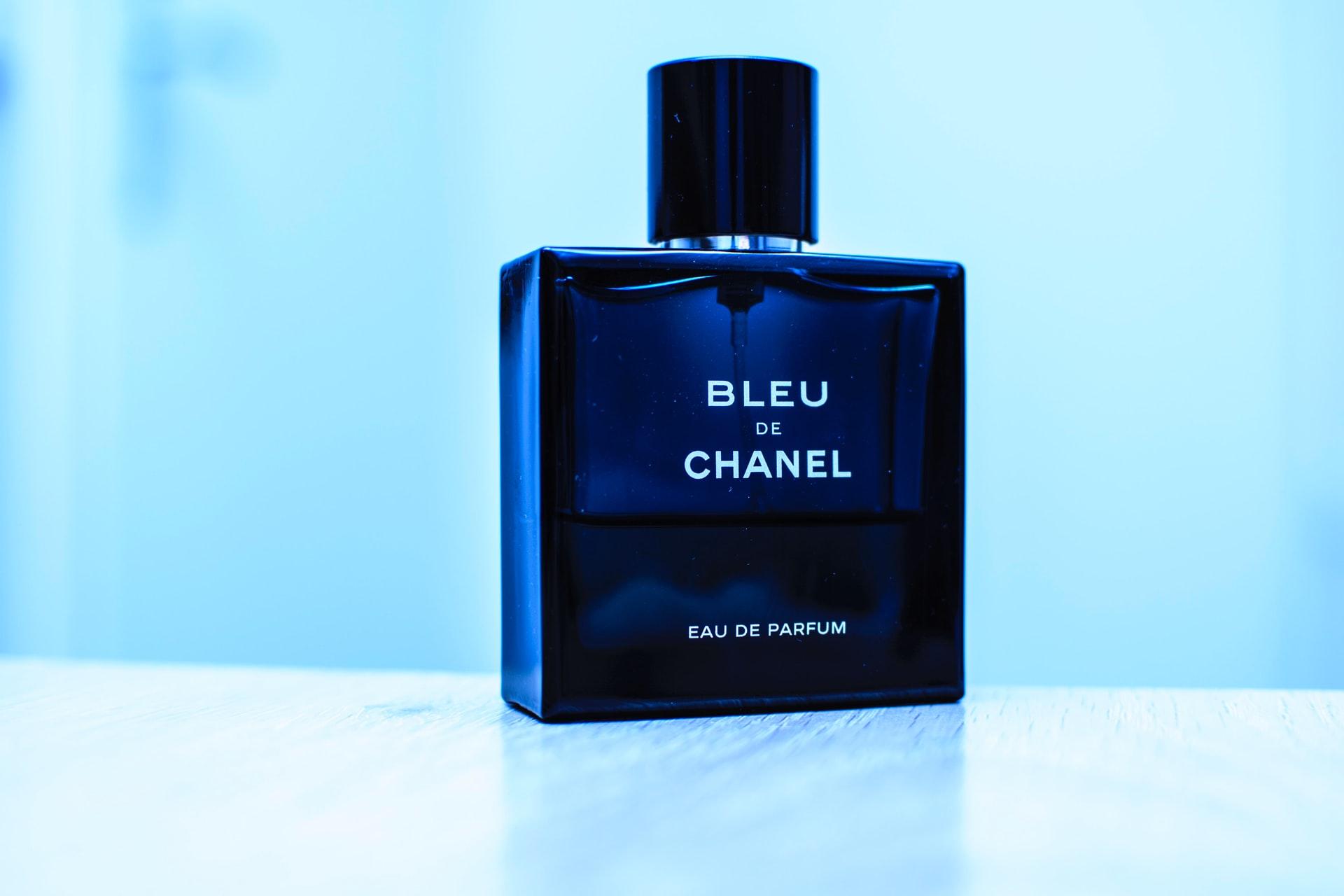 10 Perfume Lelaki Yang Popular Patut Anda Cuba Untuk Tahun 2021
