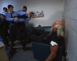 WCW Spring Stampede 2000 - The cops pulled a gun on Hulk Hogan