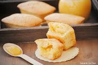 Mini cakes de yogur rellenos de Lemon curd