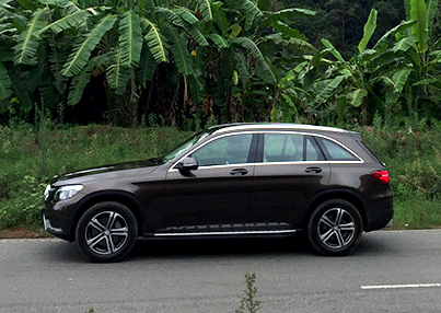 2016 Mercedes-Benz GLC300 / GLC300 4MATIC Review