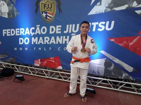 Atleta Chapadinhense WENDEL GASPAR é Campeão da 'I ETAPA CIRCUITO CAPITAL 2020' de Jiu Jitsu