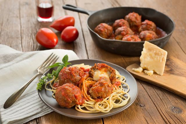 Skillet Spaghetti & Mozzarella Stuffed Meatballs