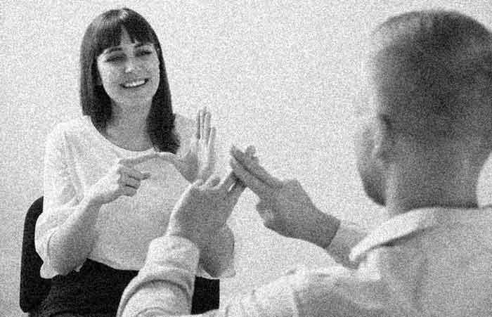 Graham Bell Melarang Tuna Rungu Menikah