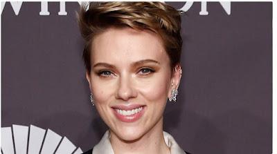 Scarlett Johansson negocia para protagonizar adaptação de livro