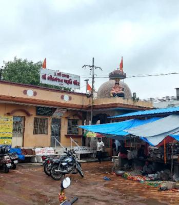 Bhid  Bhanjan Hanuman Harni Road Vadodra