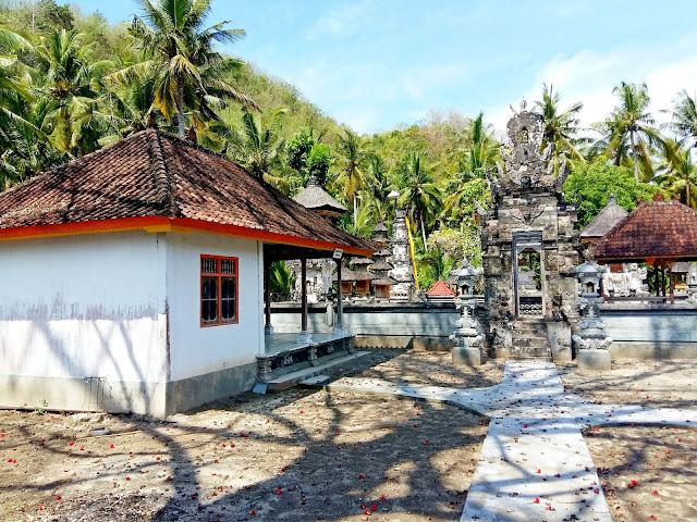 остров Нуса Пенида . Индонезия
