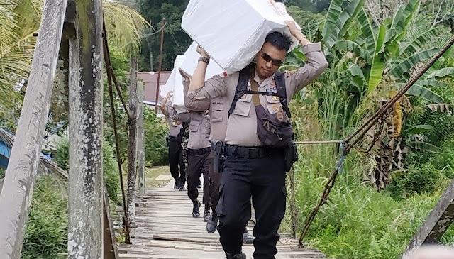 Pahlawan Demokrasi Pemilu 2019: Brigadir hingga Jenderal Polri Pergi