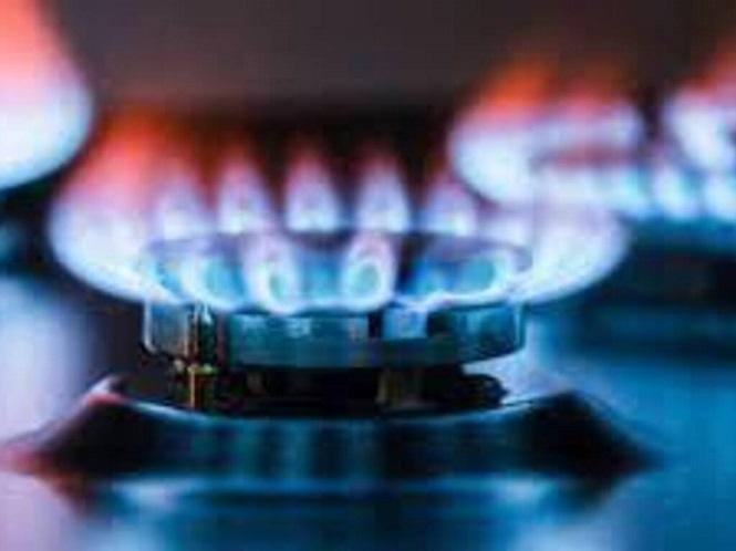 Jubilados y AUH: crearon un registro de beneficiarios para la reducción del 50% del gas