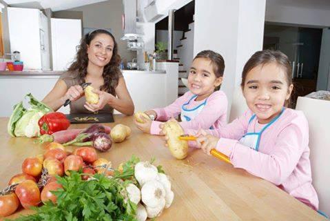 هل تعلمين أن الطبخ مع الأطفال يزيد من ثقة الطفل بنفسه ؟