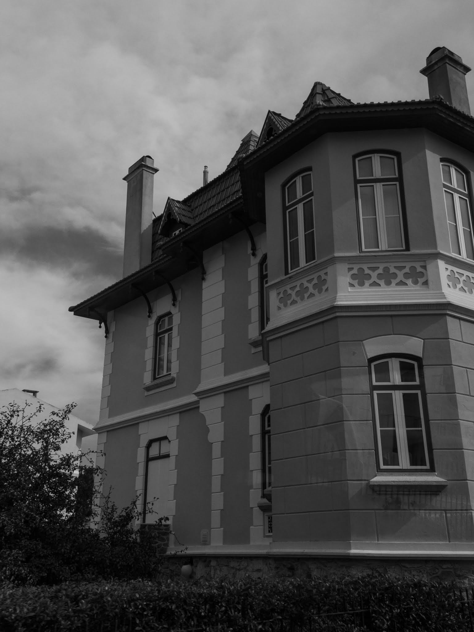 A black and white capture of a house on the Portuguese Atlantic coast..