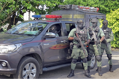 Police arrested a 35-year-old man with 53 AK-47 guns and 260 ammunition in Nasarawa state