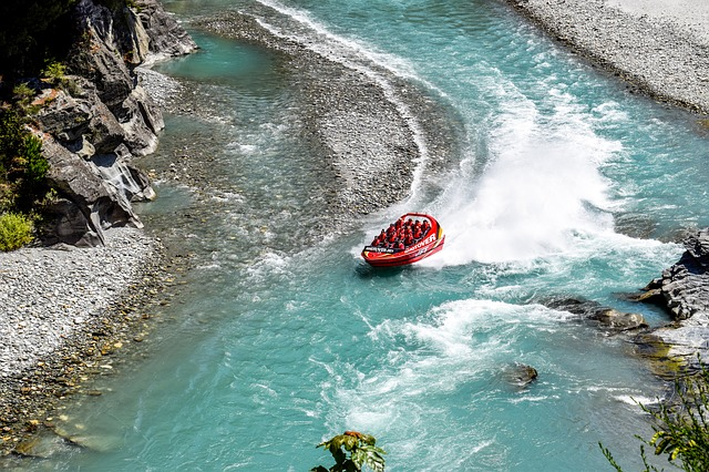 shotover river, queenstown activities, things to do in queenstown, queenstown new zealand, queenstown rafting, queenstown, waitomo, new zealand,
