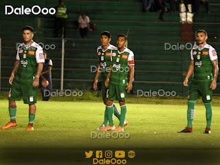 Jugadores de Oriente Petrolero en el partido amistoso internacional ante Portuguesa - DaleOoo