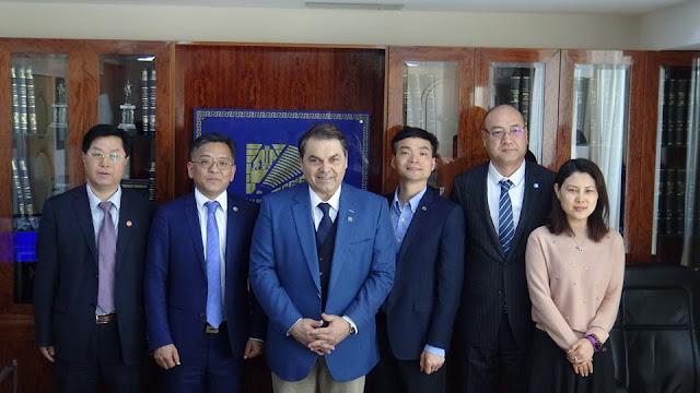 Επίσκεψη Συμβούλου Εμπορικού Επιμελητηρίου Κίνας στον Δήμαρχο Άργους Μυκηνών-Υπογραφή Σύμβασης Συνεργασίας