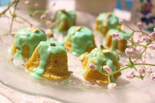 Pistachio Tea Cakes for St. Patrick's Day