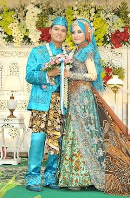 kebaya pengantin muslimah jawa