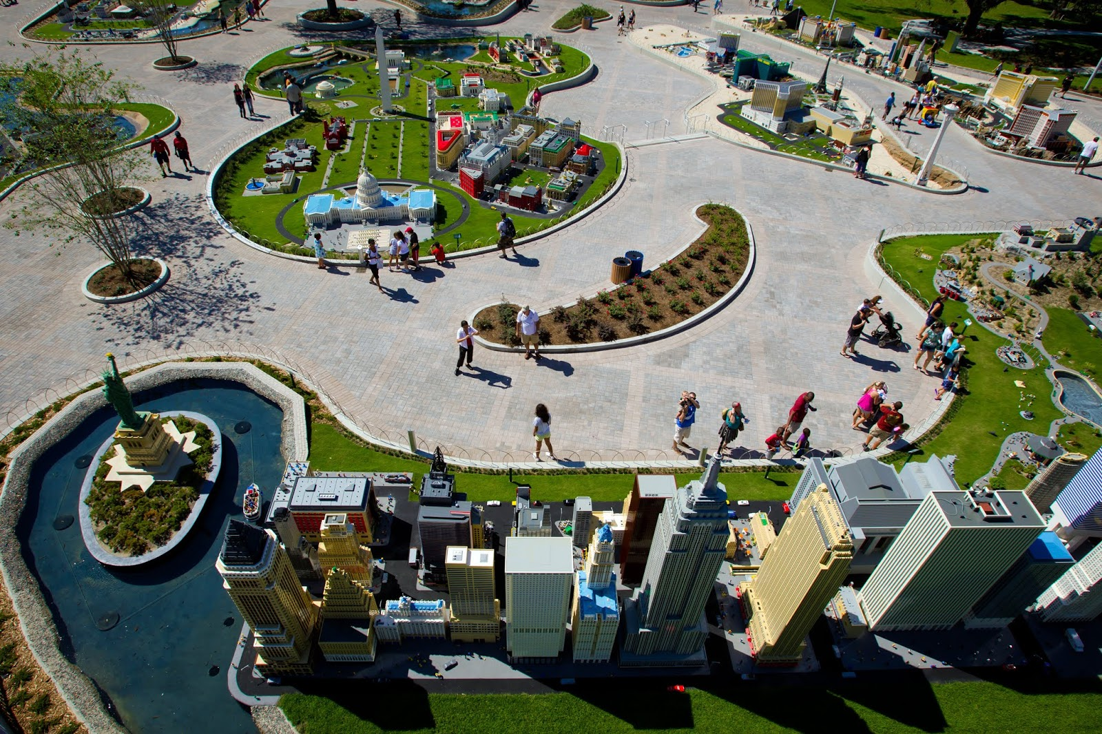 LEGOLAND New York: Opening Date, Details, Photos, Annual ...