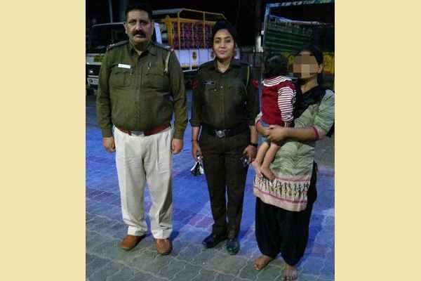 faridabad-police-chowki-sector-11-news