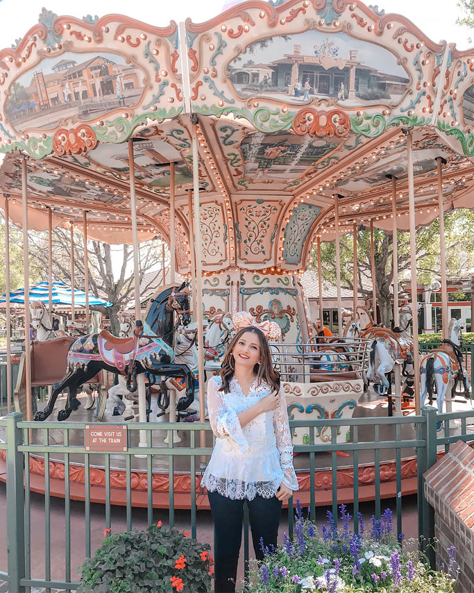 Chicwish Lace Top Rose Gold Minnie Ears Disney Blogger Outfit