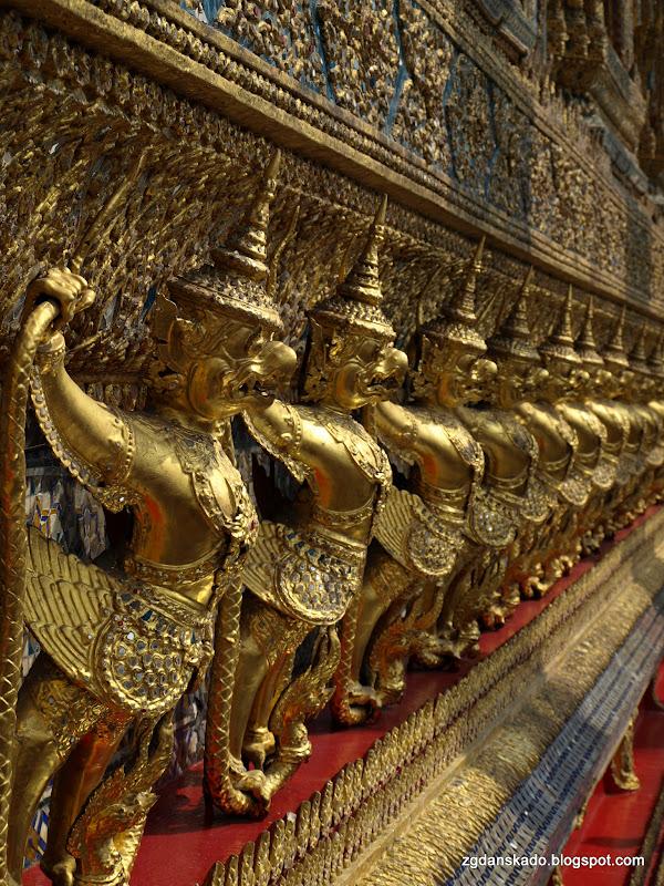 Wat Phra Kaew (Świątynia Szmaragdowego Buddy)