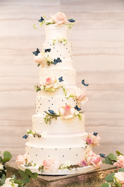 Houston Wedding Cake _ Butterly Cake _ Houston Memorial Area Weddings _ Lawrence Elizabeth Knox Photographer