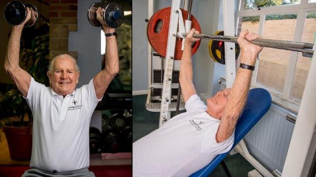 Veterano de la segunda guerra fuma y toma, y está más sano nosotros