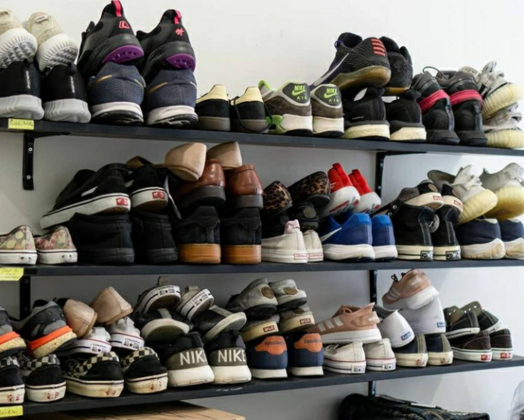 buka jasa cuci sepatu peluang bisnis menjanjikan
